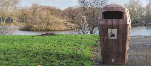 Sherwood Litter bin fits perfectly in outdoor areas.
