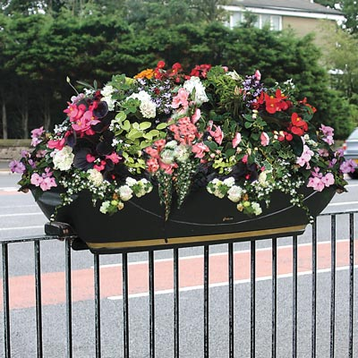 FullBloom™ Self-Watering Rail-Mounted Planters