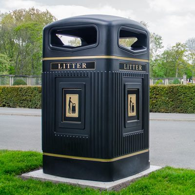 Glasdon Jubilee™ 240 Wheelie Bin Housing
